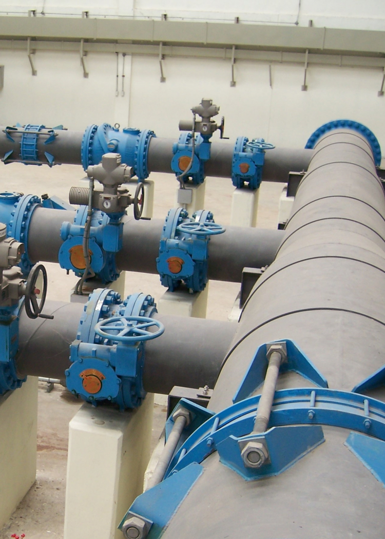 Pipeline, Fittings, Valves & Equipments For Industrials